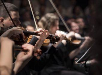 ¿Cómo me arreglo para ir a un concierto de música clásica?