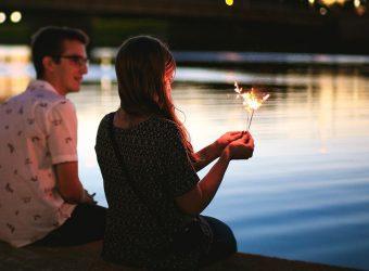 ¿Cómo me arreglo para una primera cita si soy mujer?